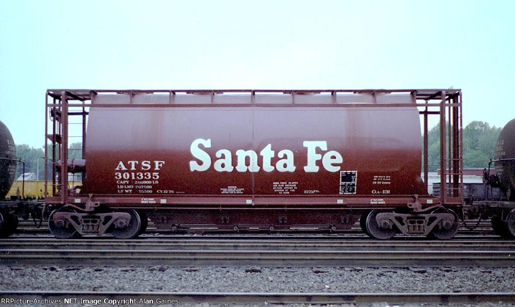 ATSF Covered Hopper 301335