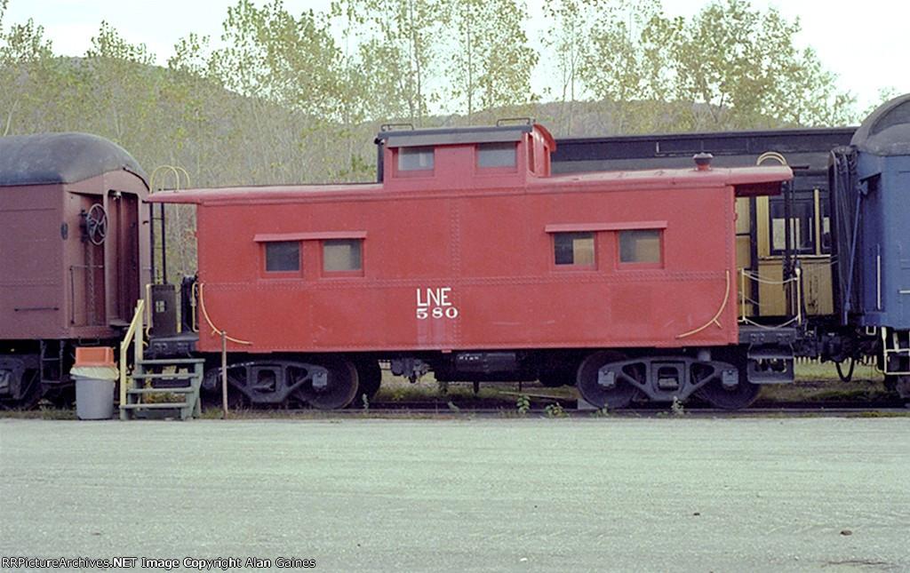L&NE Caboose 580