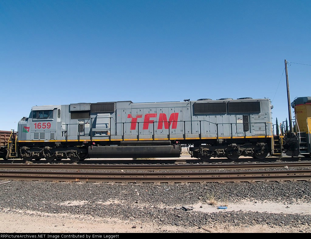 TFM 1659 #4 power in an EB manifest MTUFW (Tucson-Ft Worth) at 11:58am out of Alfalfa yard