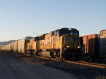 UP 3935 leads an EB autorack at 6:02pm