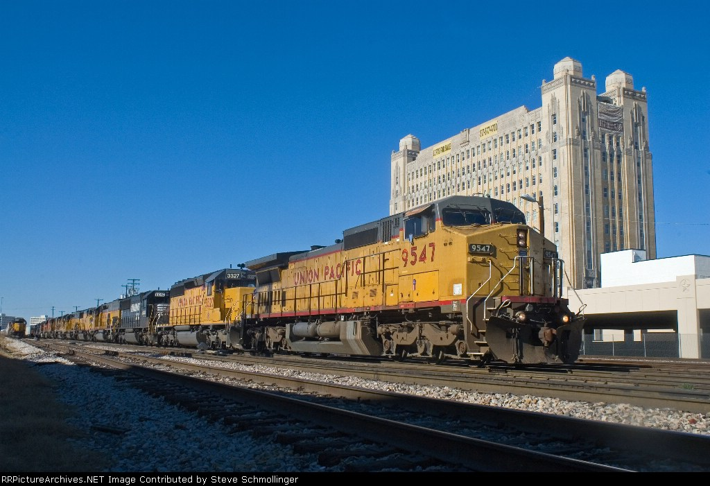 UP 9547 East at Tower 55
