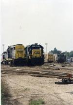 CSX 8104 & 4207