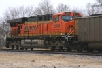 BNSF 5809 (ES44AC) working way through town