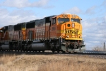 BNSF 8949 gaining speed