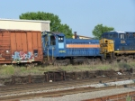 MPRX 905 Looks Odd Next to CSX 5344
