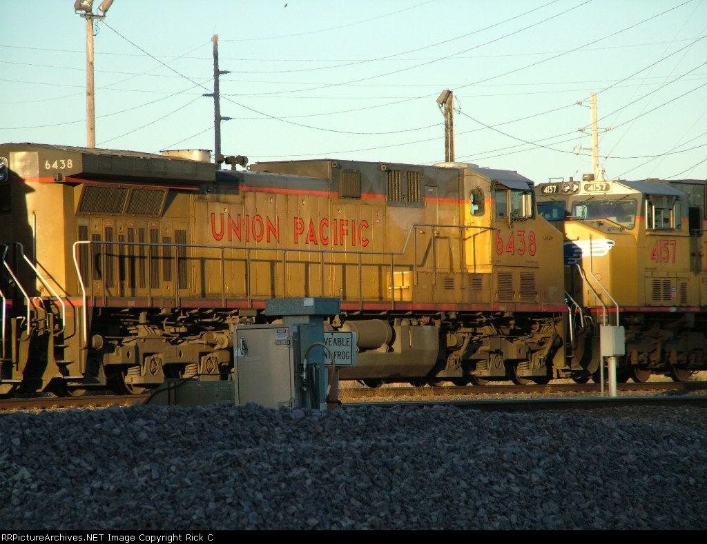 UP 6438 is #3 On A WB Manifest