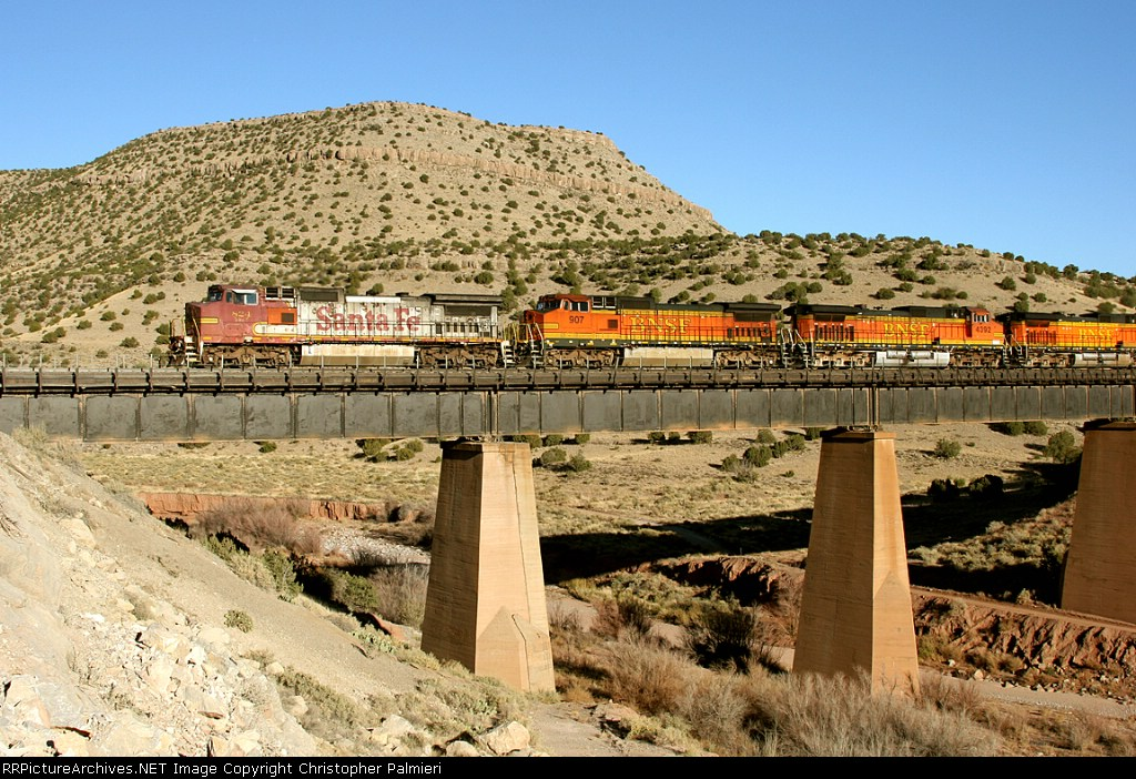 BNSF 824, 907, and 4392