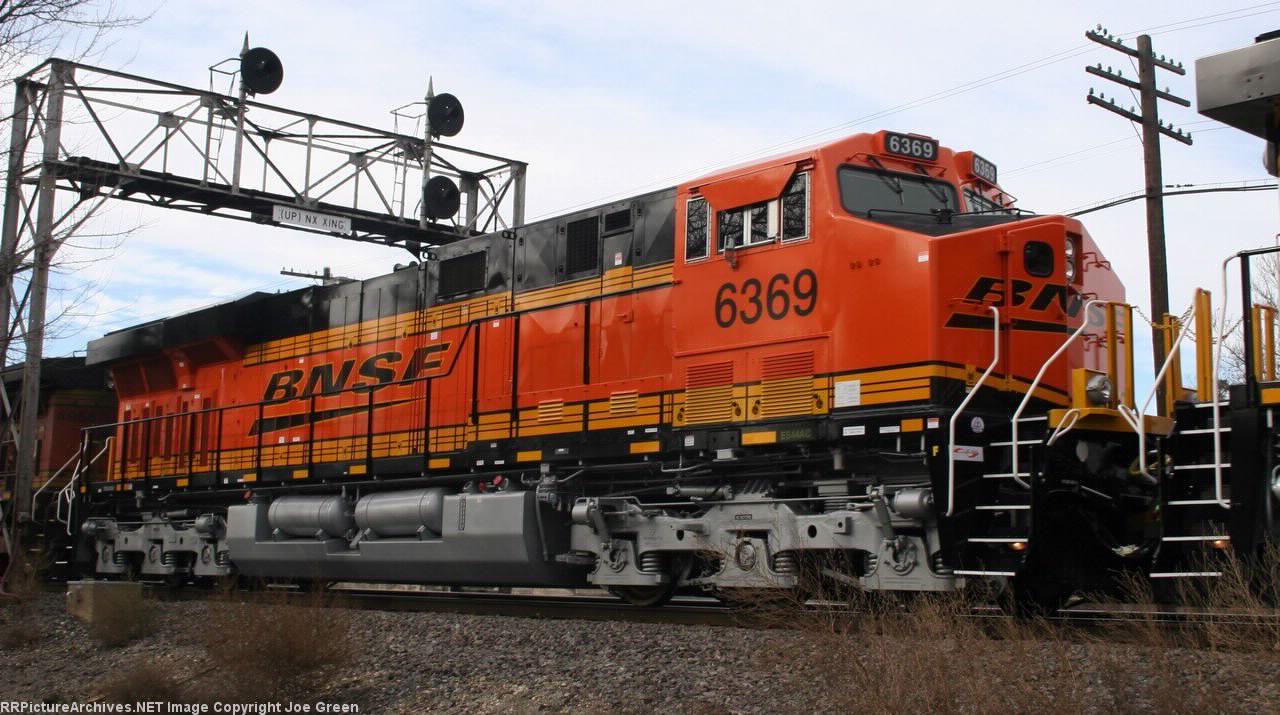 BNSF 6369