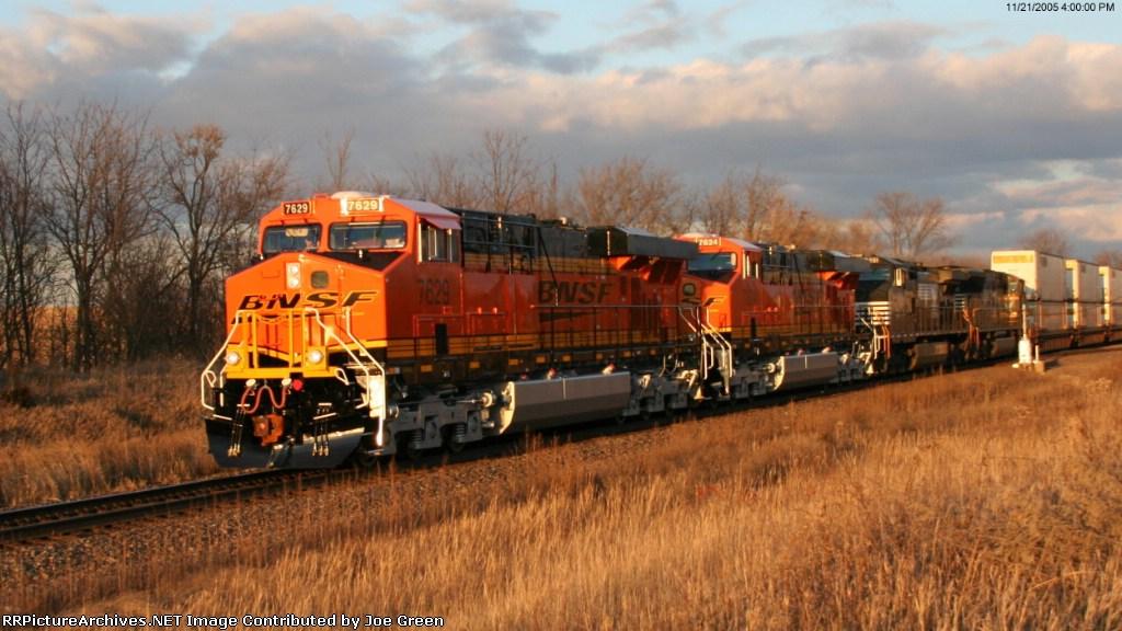 BNSF 7629