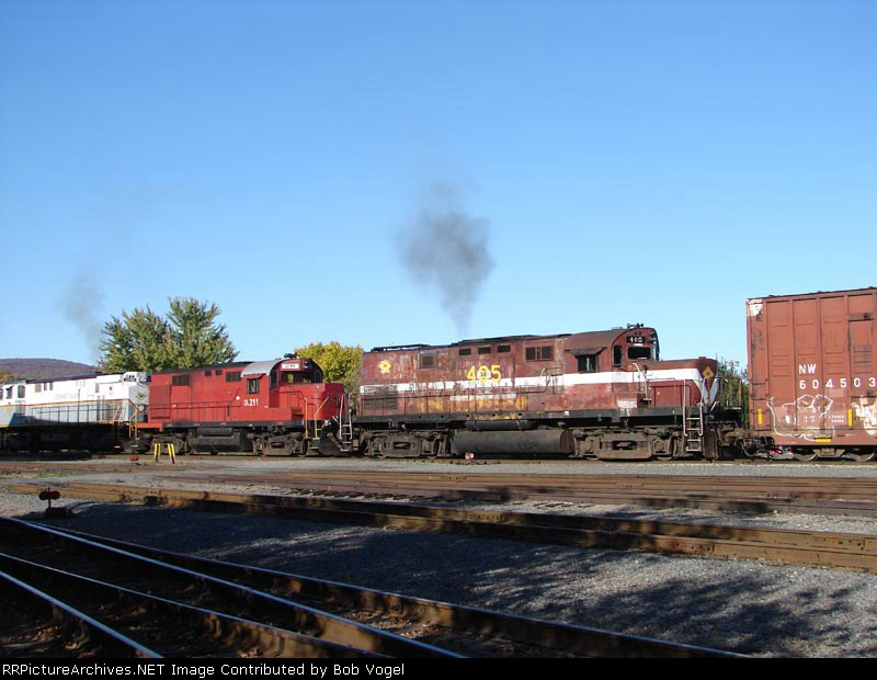 DL 405 & 211