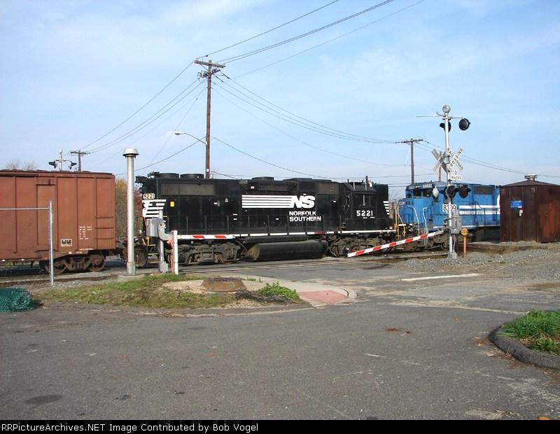 NS 5221