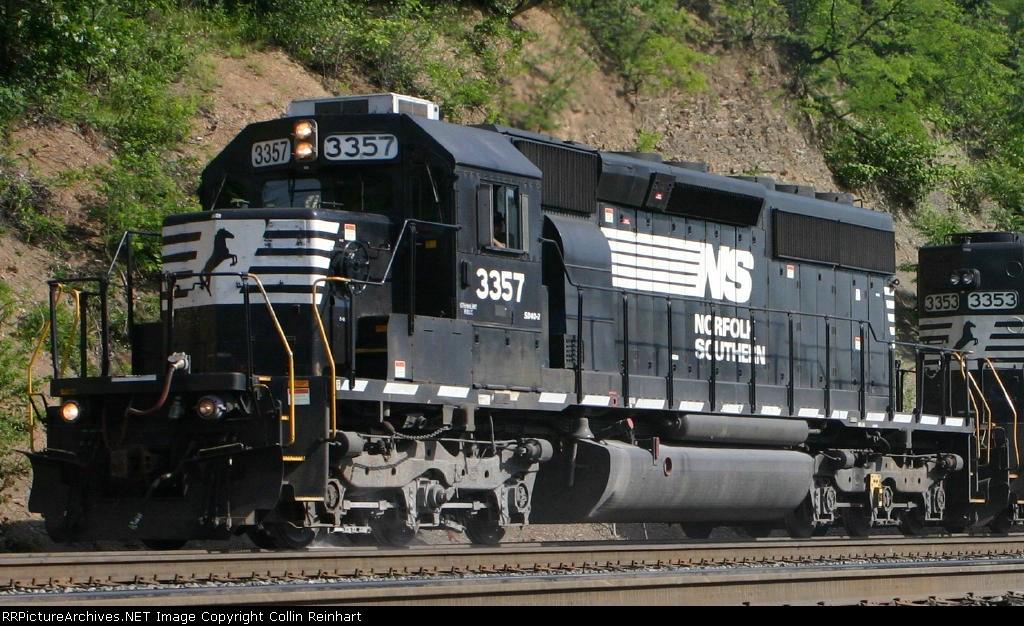 SD40-2 3357