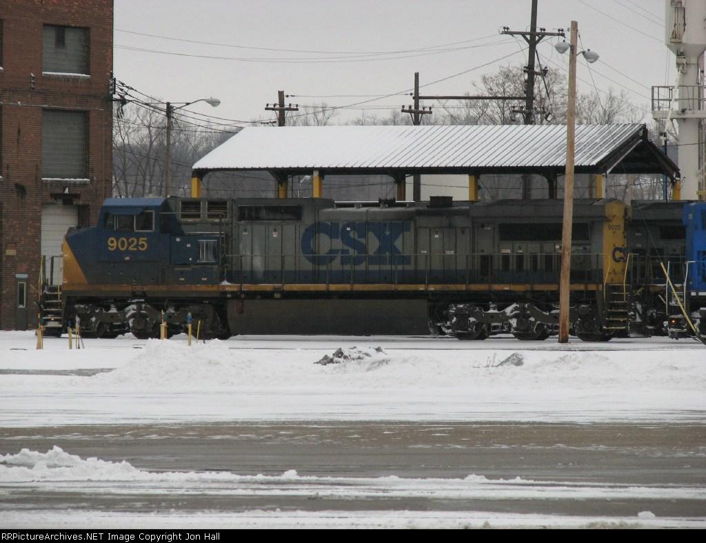 CSX 9025