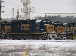 CSX 6070 & 6134 taking their Christmas break