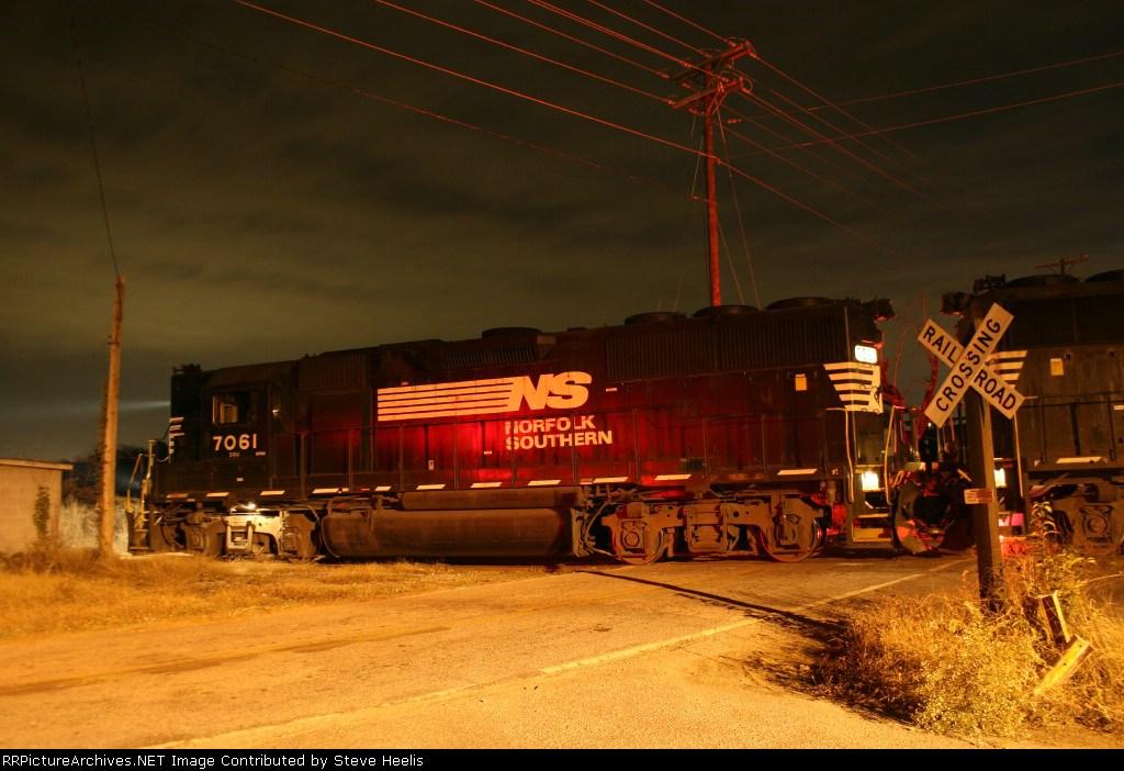 NS 7061