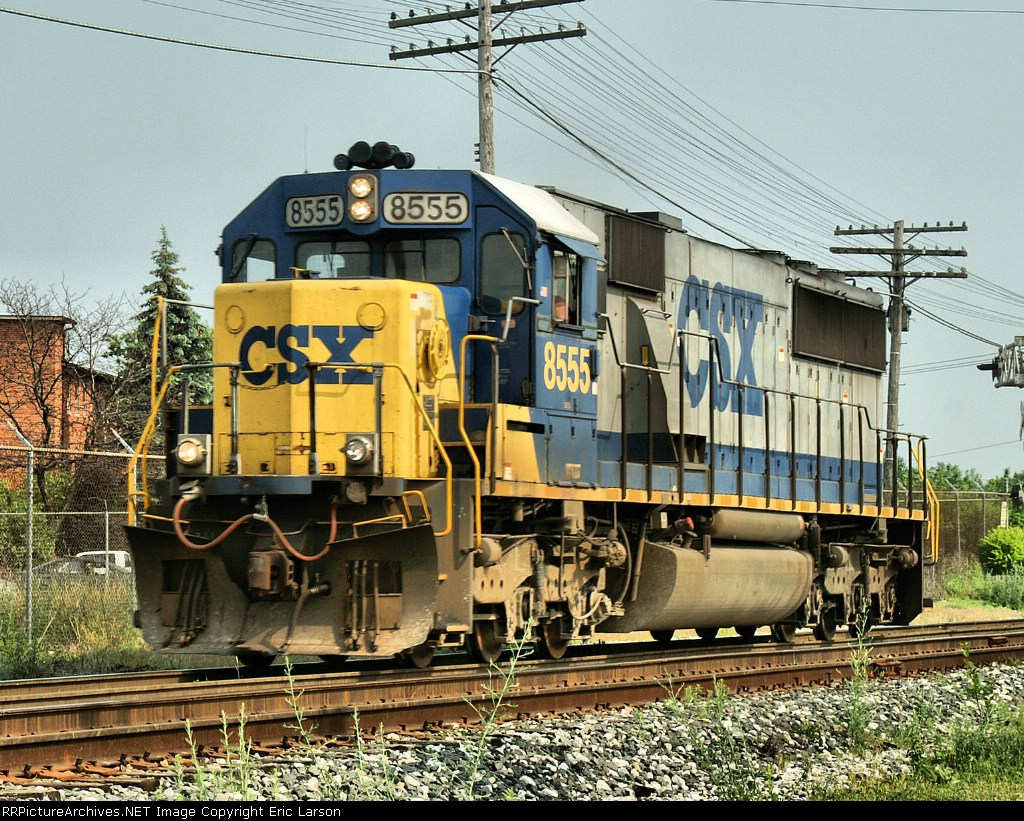 CSX 8555