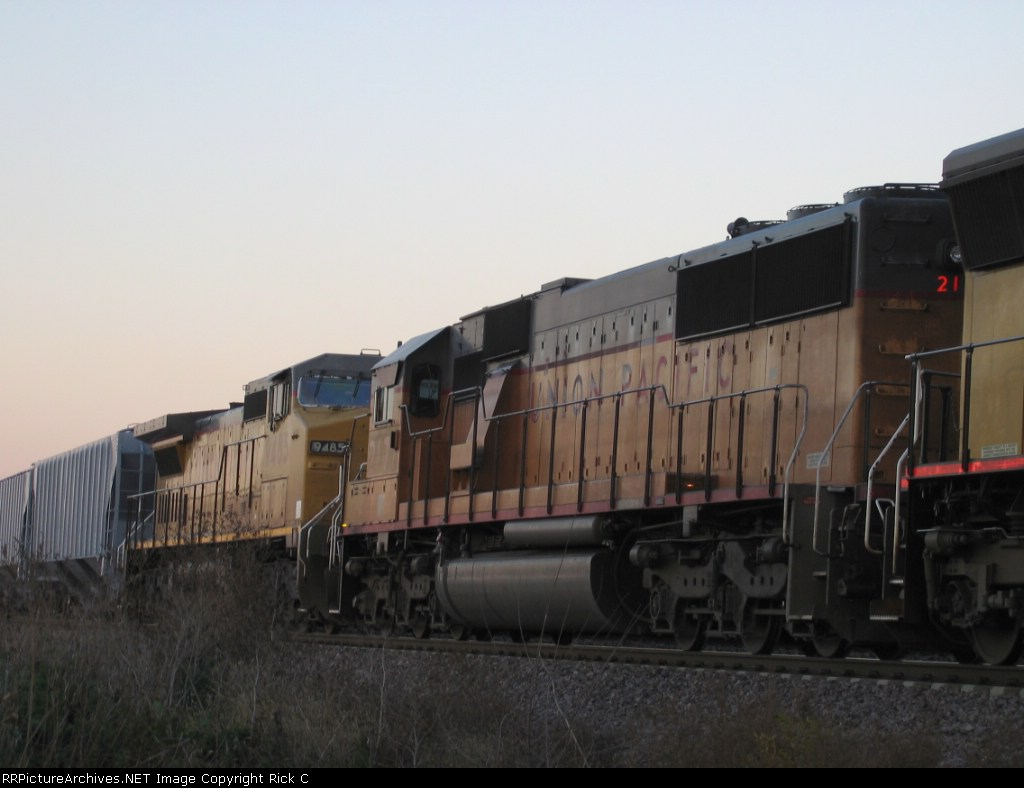 UP 2171 & 9485 Are #s 2 & 3 On A Stopped WB Manifest