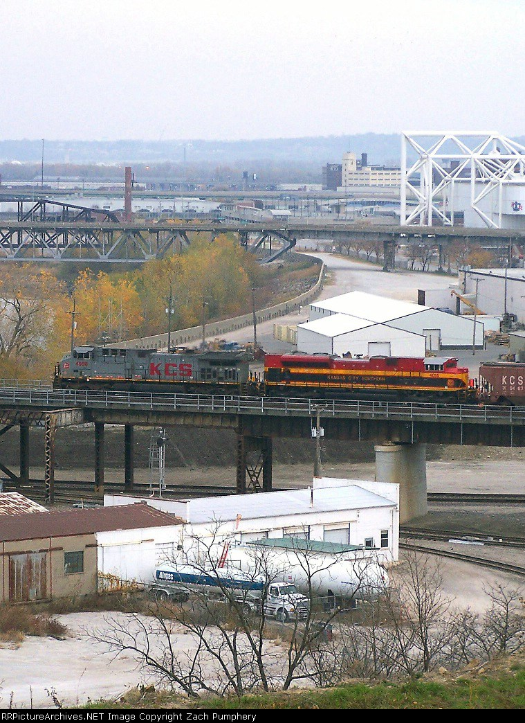 Westbound UP Empty Grain Train
