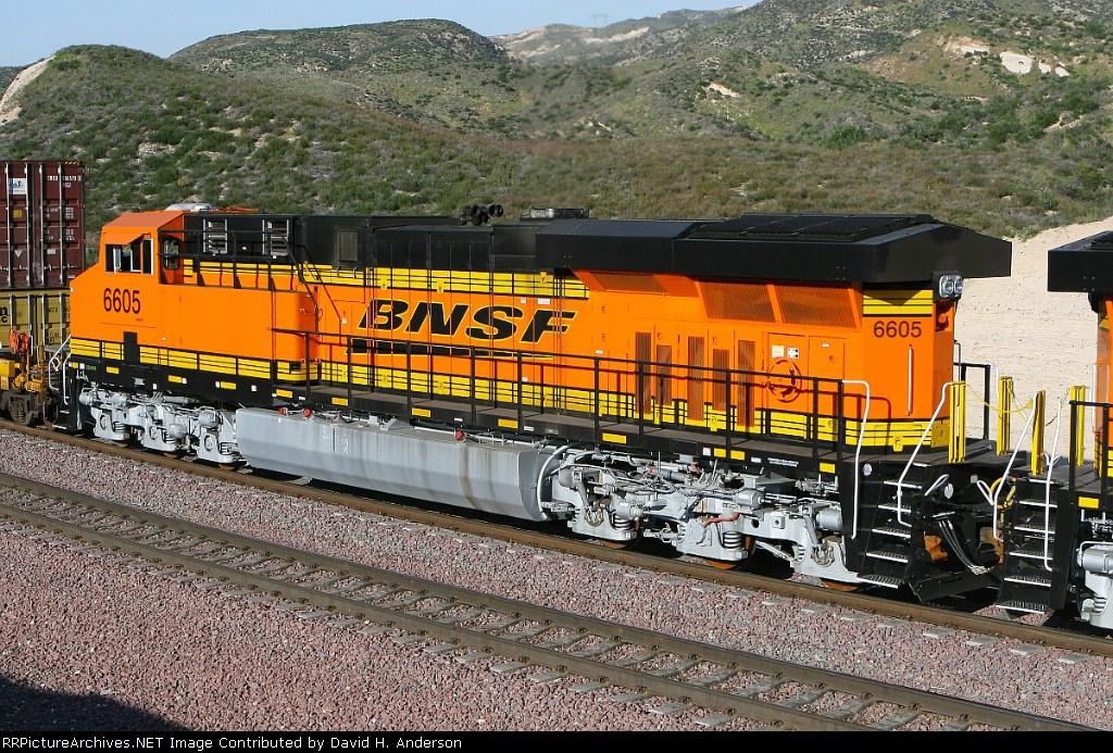 BNSF 6605