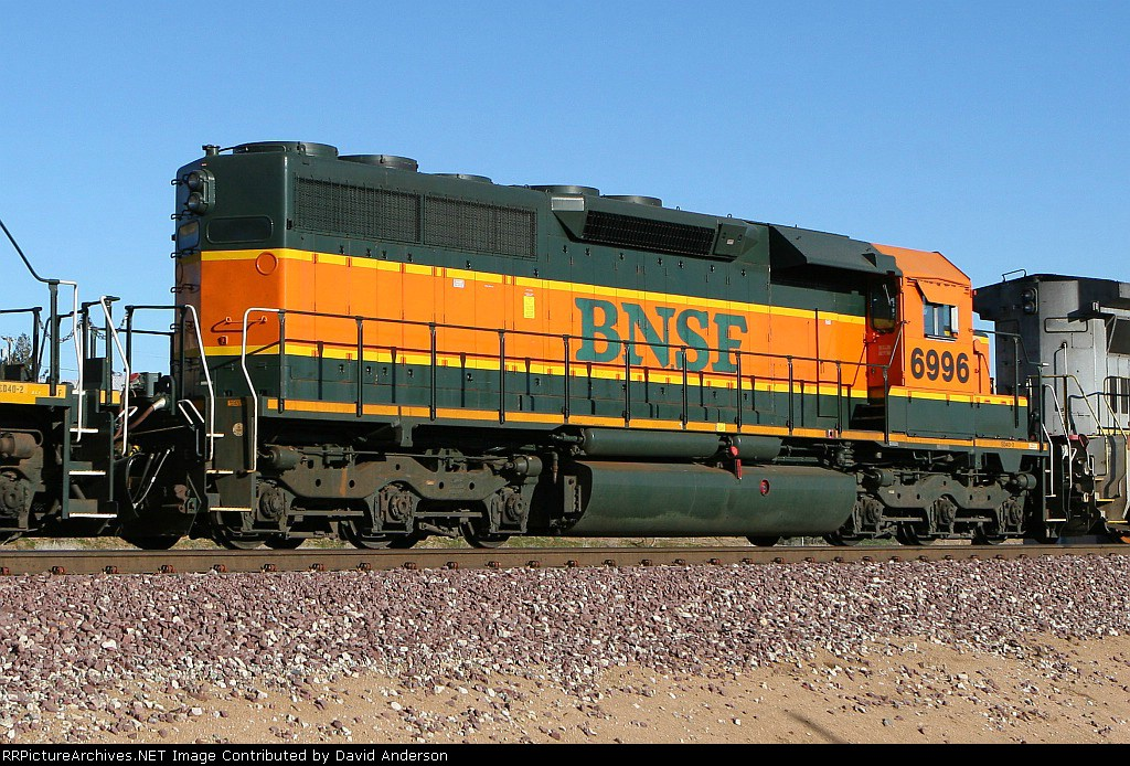 BNSF 6996