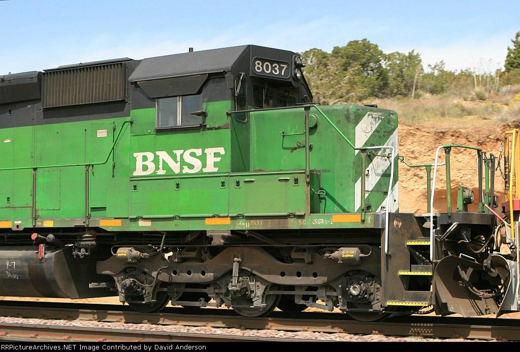 BNSF 8037