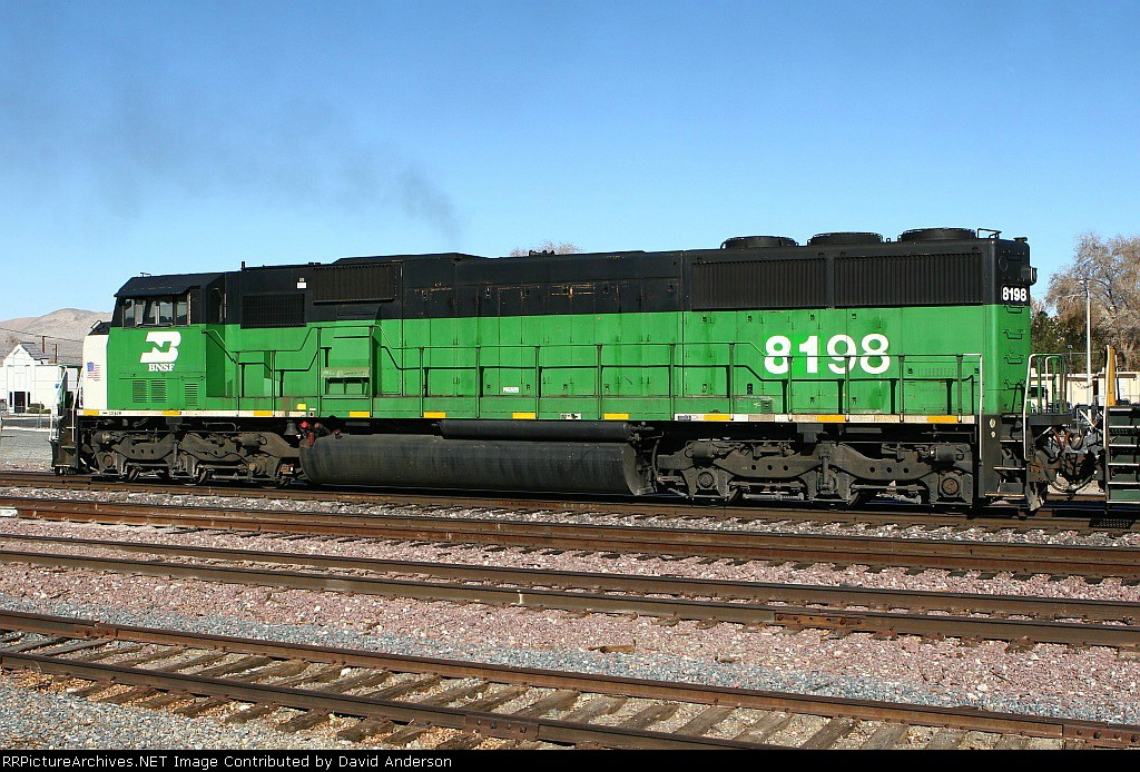 BNSF 8198