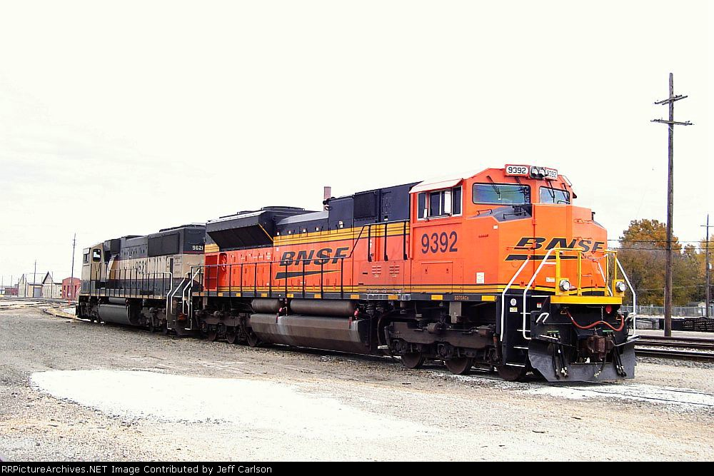 BNSF 9392