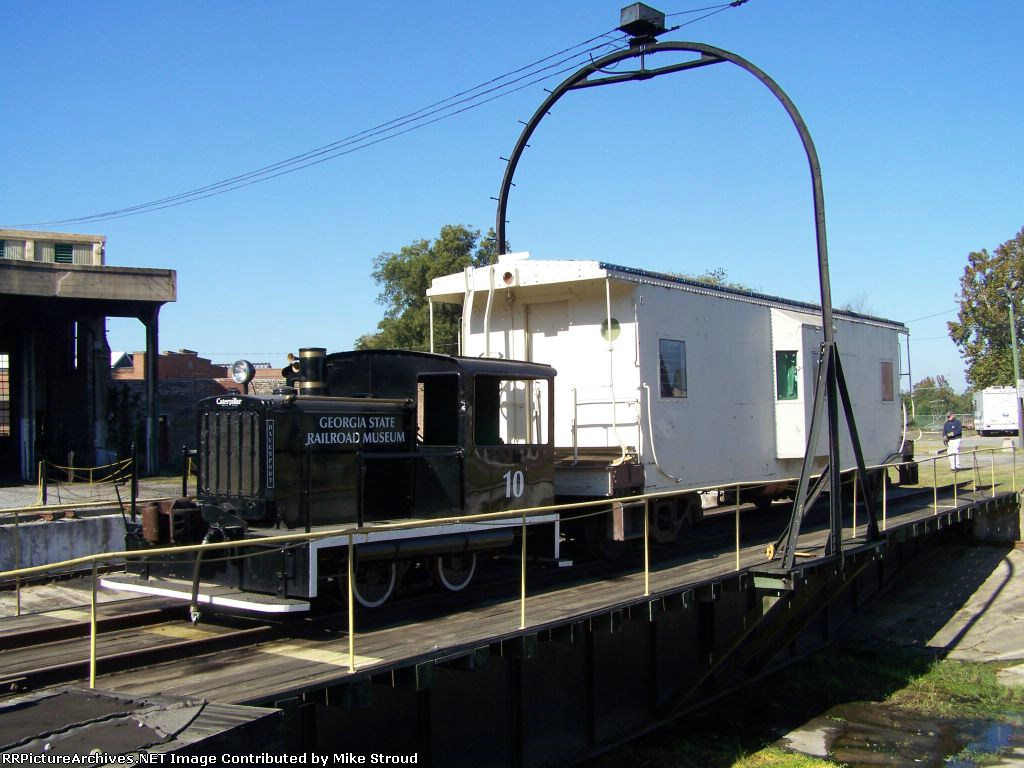 GSRM 10 with SCRM Caboose