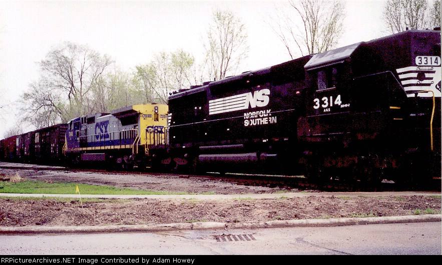 NS Bellevue local making delivery