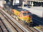 BNSF 4819 leads northbound NS train 22R