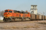 BNSF 5859 gets the green
