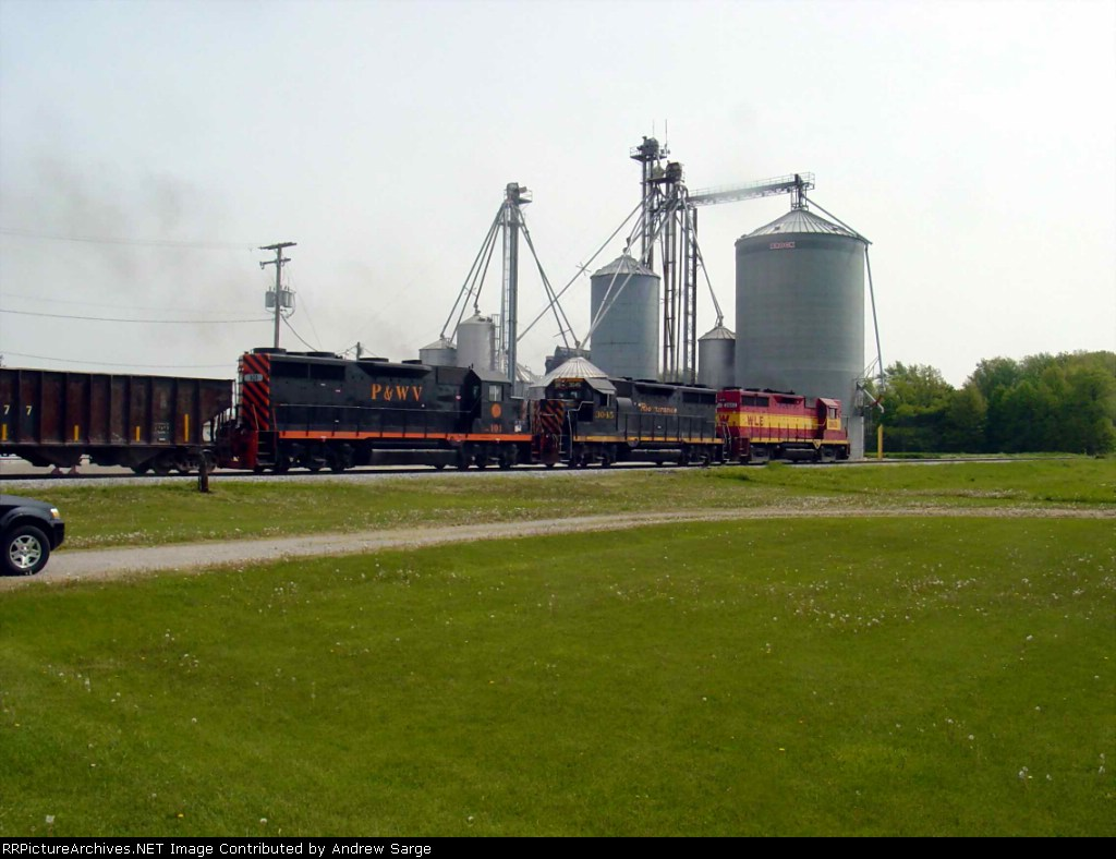 W&LE Stone Train