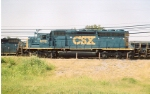 CSX 8112 in new paint