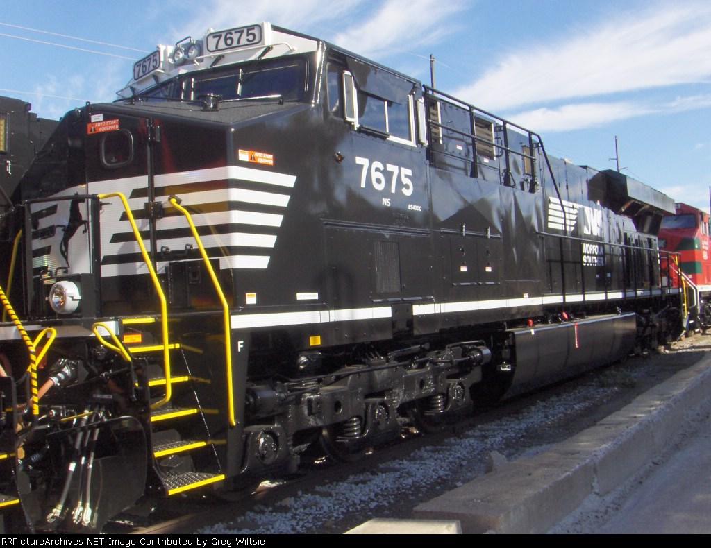NS 7675