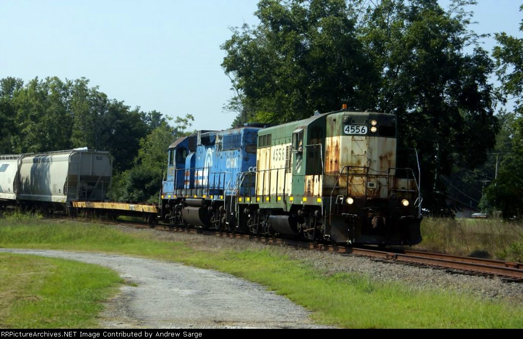 CNW 4556 leads Hartwell Train North of Royston
