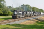 Long Hood Forward SD40-2s