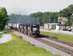 4 GP60s lead NS213 into Buford.