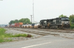 NS 9596 and 9595 head out of Brosnan with NB intermodal