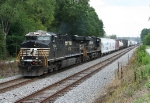 ES40DC duo pulling NB freight