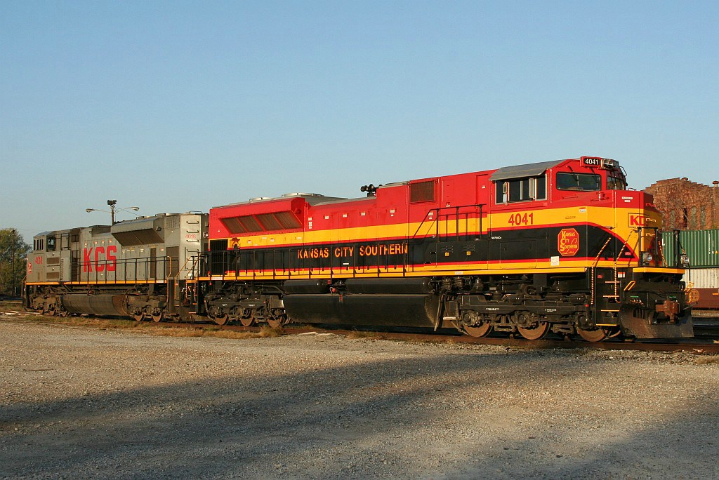 Pair of new EMD power at the KCS yard office