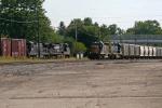 CSXT Train Q636 and NS Train 188