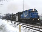 EX Conrail GP40-2 leads a lashup of 4 more NS engines & a Montana Rail Link