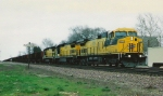 CNW GE's with a ComEd train