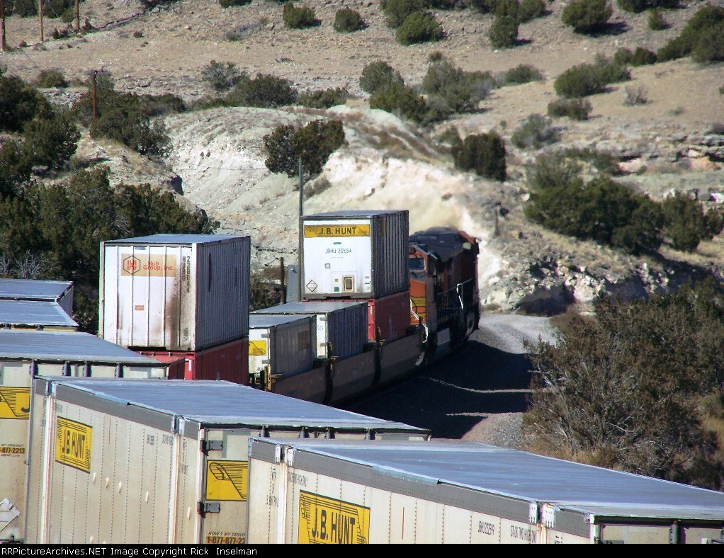 Abo Canyon and J.B. Hunt containers