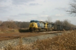 CSX 6 hides in the siding