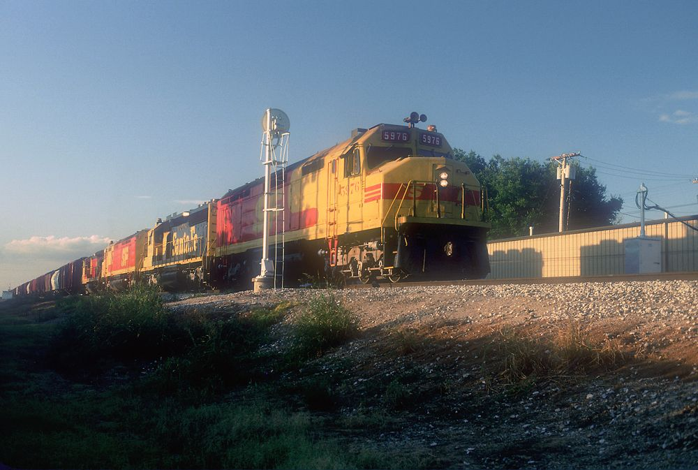 ATSF 5976