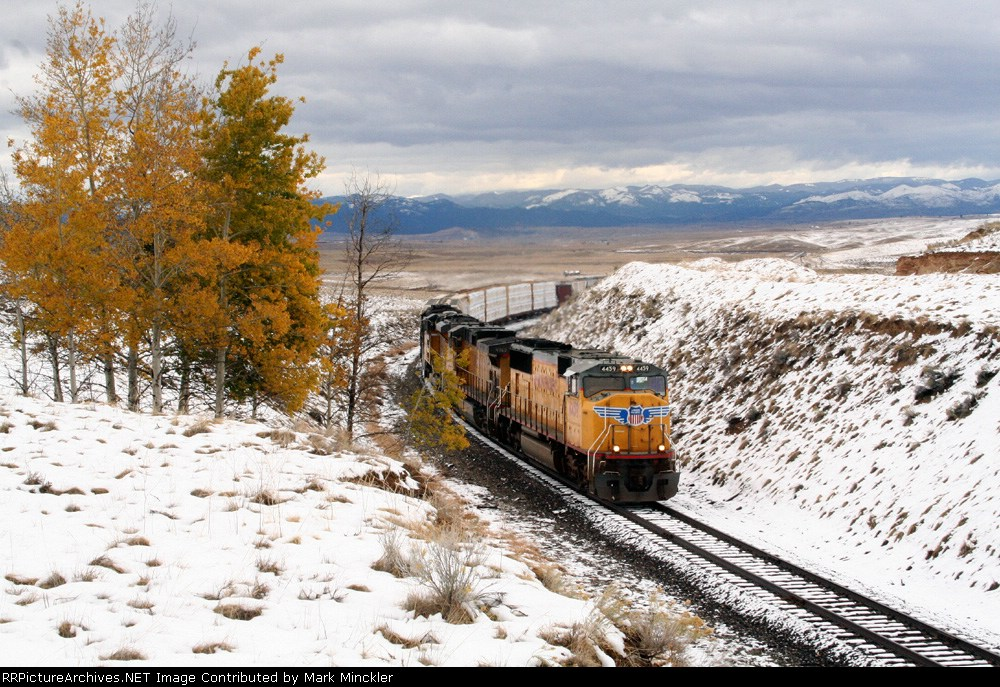 It's a yellow and white scene as the M-SBPC climbs the Continental Divide.