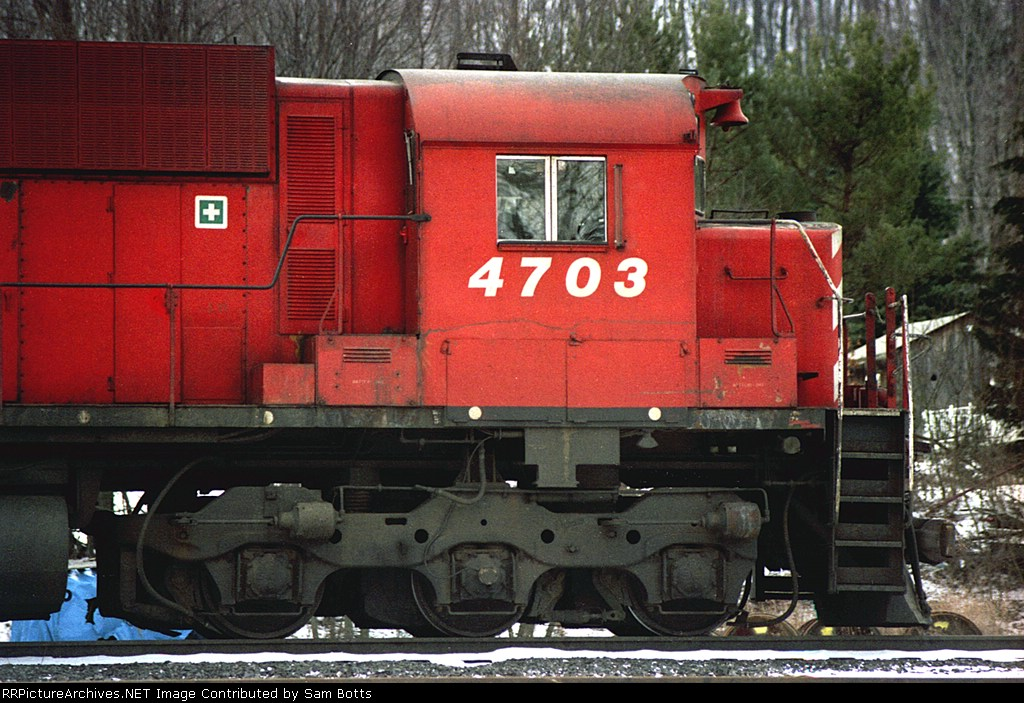 CP 4703