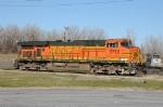 BNSF 5738 by Mid America Car