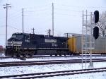 NS 8933